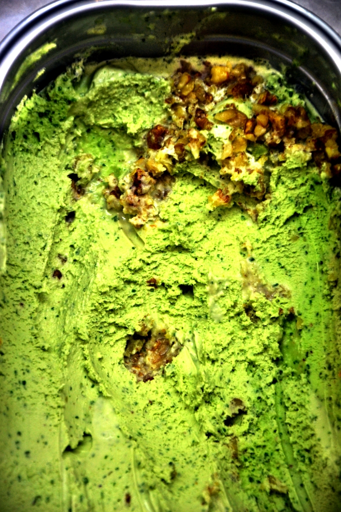 Basil Walnut and Honey Gelato - Fatamorgana Rome